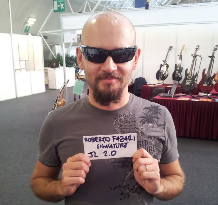 roberto_fazari_signature-720x676